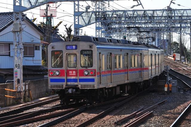 只需1小時20分鐘左右便能從成田機場直達上野站的京成本線特急和快速特急列車。