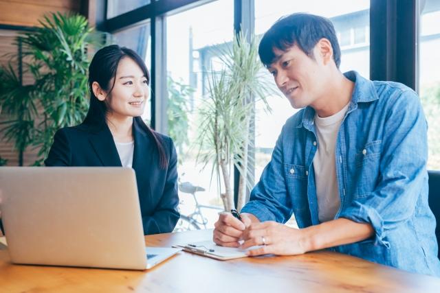 除了利用求職網站外,就職仲介、Hello Work、學校求職課亦是日本留學生就職的好方法。